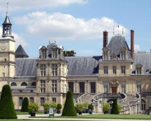 花近700万元僱西班牙黑帮偷法国文物 中国男子被捕