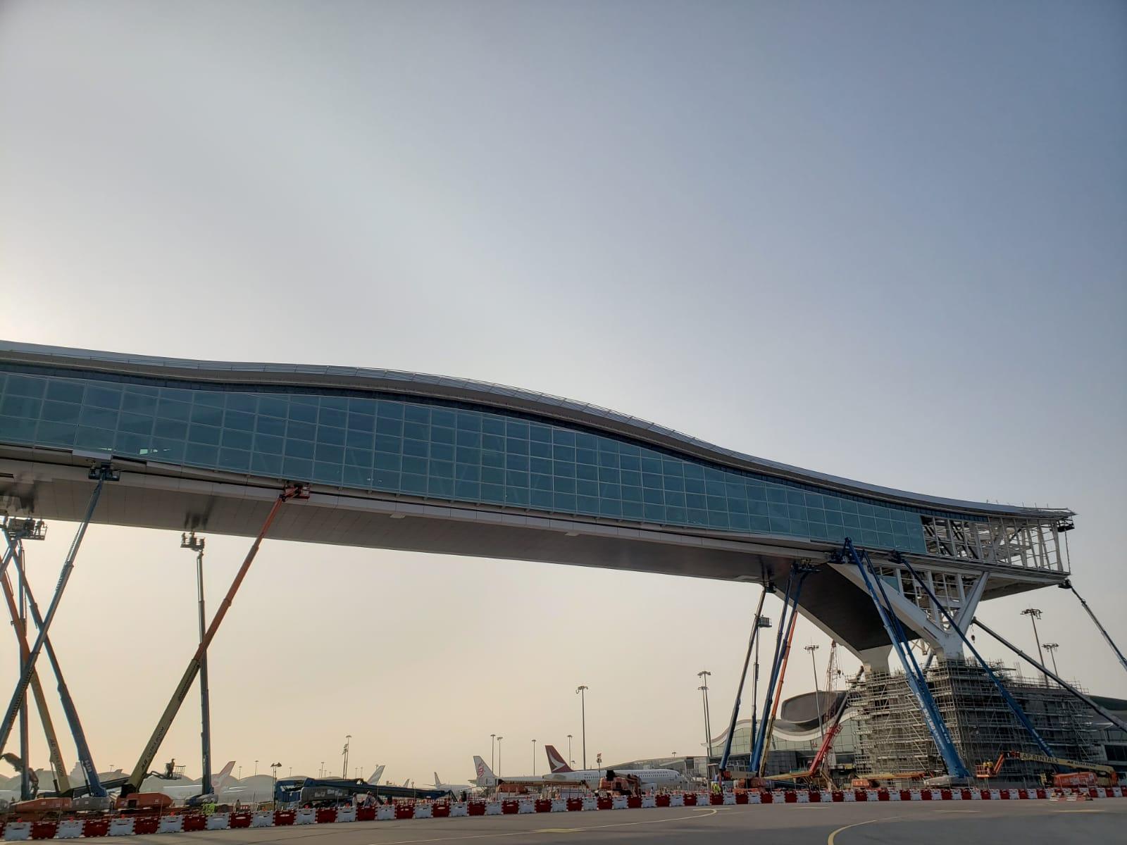 机管局建200米禁区行人天桥 料今年启用成全球最长