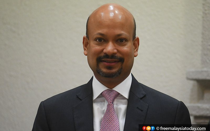 Arul Kanda took 'a long time' to furnish 1MDB information, says ex-audit dept officer