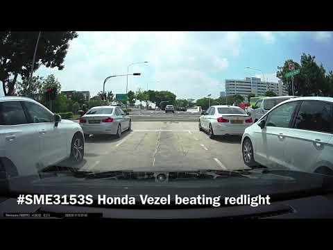 yio chu kang road Honda Vezel beating redlight
