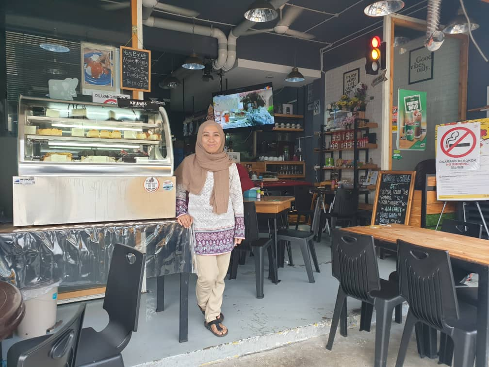 Sandakan eateries comply with smoking ban since implementation