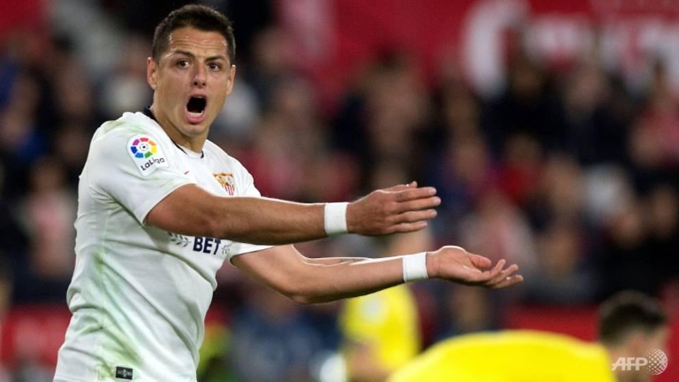 Football: MLS club Galaxy sign 'Chicharito'