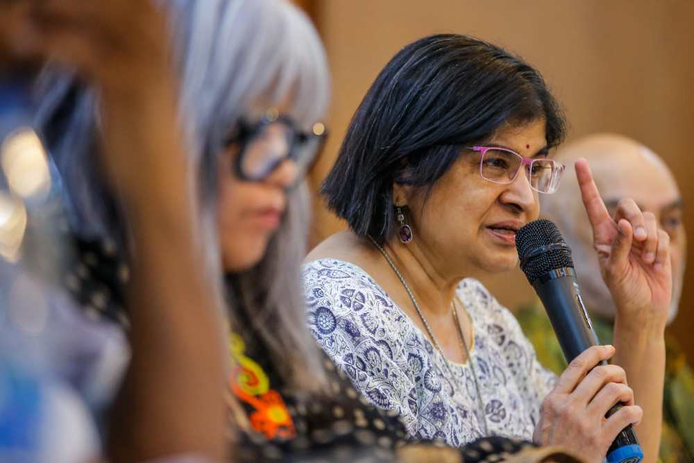 Ambiga: Release one chapter of IRC report and if govt still standing, why not release the rest?