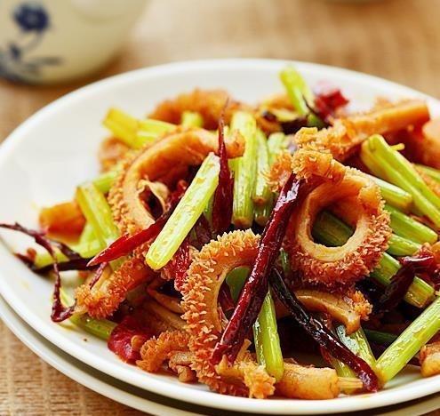 美食精选:糯米排骨,曼谷香草鸡中翅,香芹炒牛肚,排骨炖萝卜的