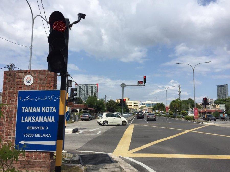 交通灯智能装置被误当执法电眼