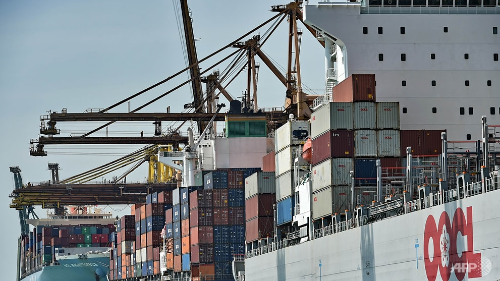 Commentary: COVID-19 makes waves for international shipping