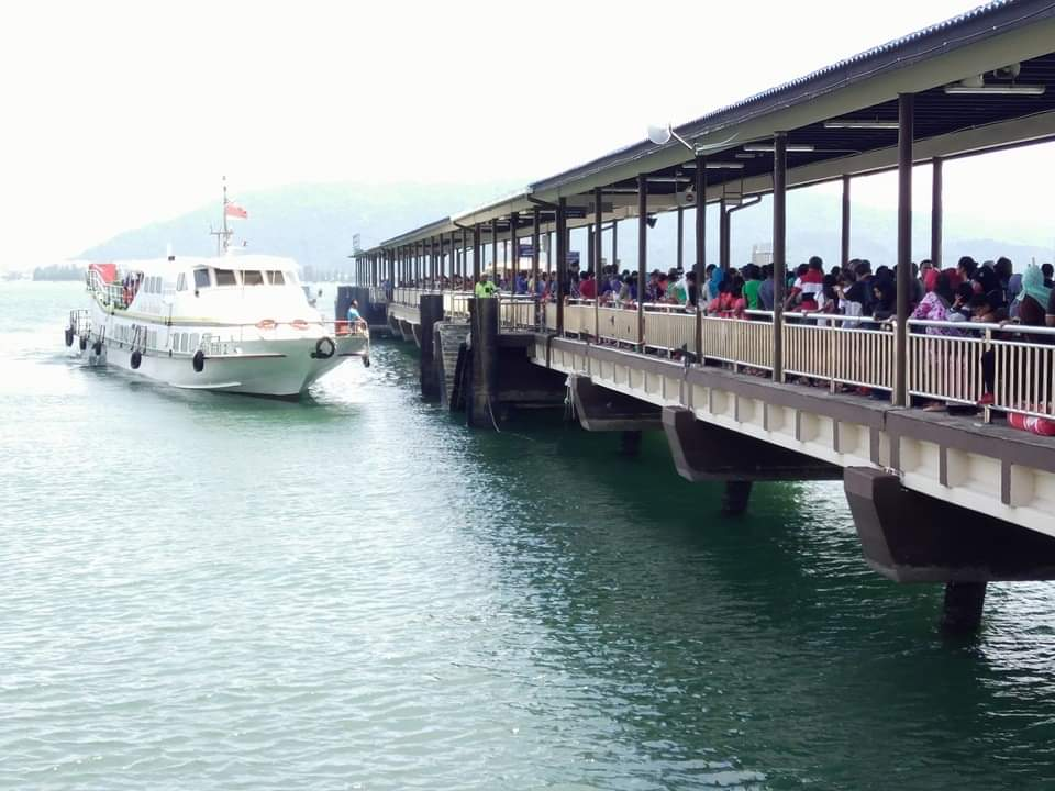 邦咯岛民争取 重开吉灵丸码头