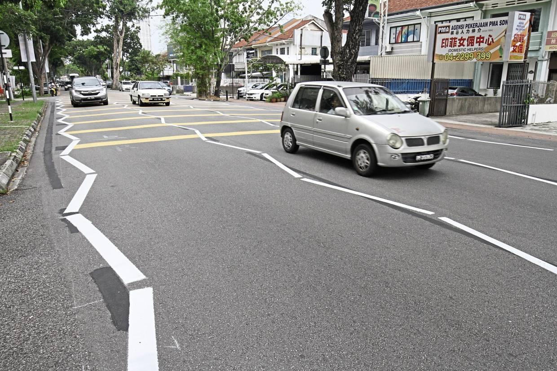 Zizgzag lines for five more roads