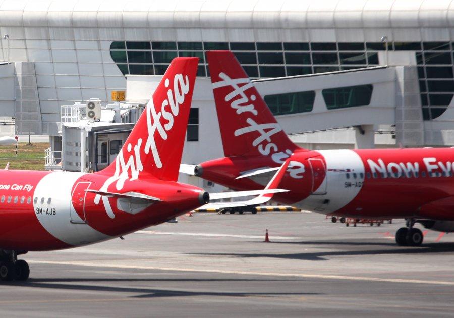 亚航取消往返武汉航班