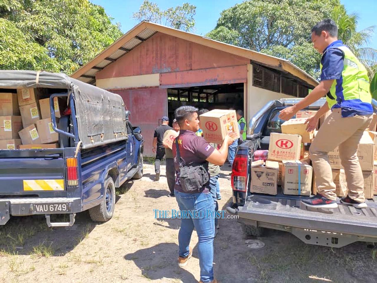 Contraband firecrackers, liquors worth RM43k seized