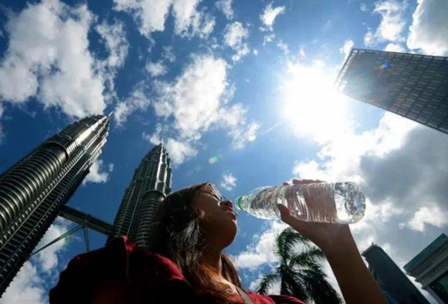 高达36℃ 新年北马最热