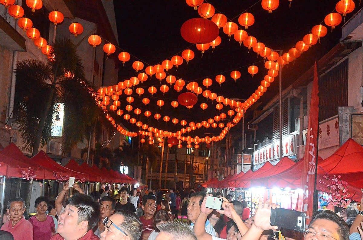 CNY bazaar draws the crowd