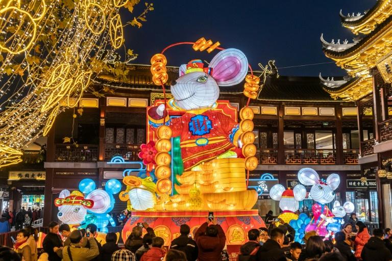 Asian markets stabilise after China virus nerves