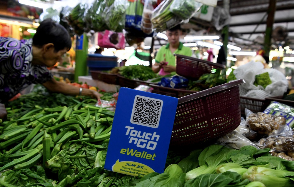 Petty traders going cashless for customers' convenience