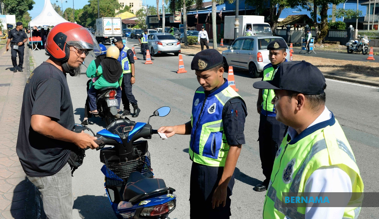 Road safety operation: 122 deaths in 8 days