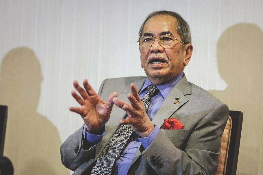 Santubong MP claims Dr M can't name Anwar as next PM