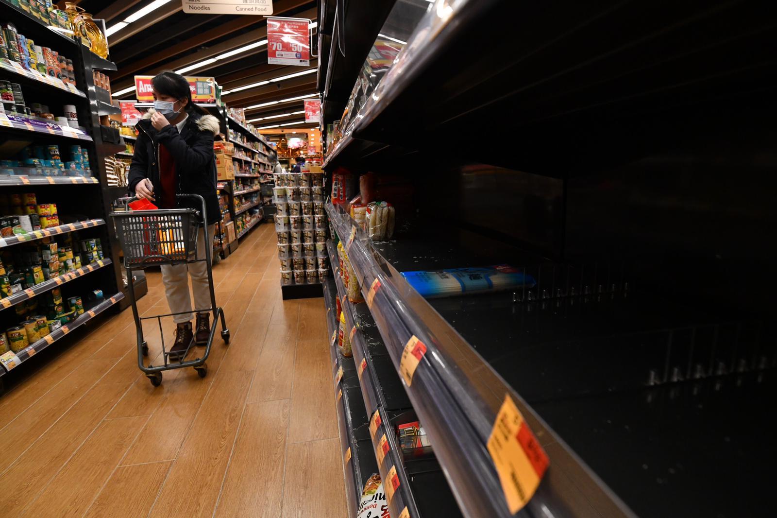 食衞局:现时食品供应正常 会盡快补充货架食品