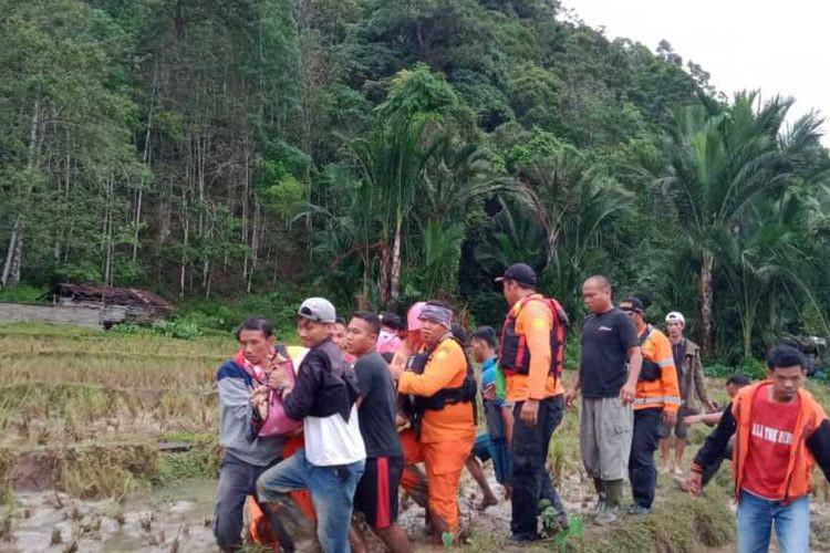 Central Tapanuli declares state of emergency after seven die in flood, landslides