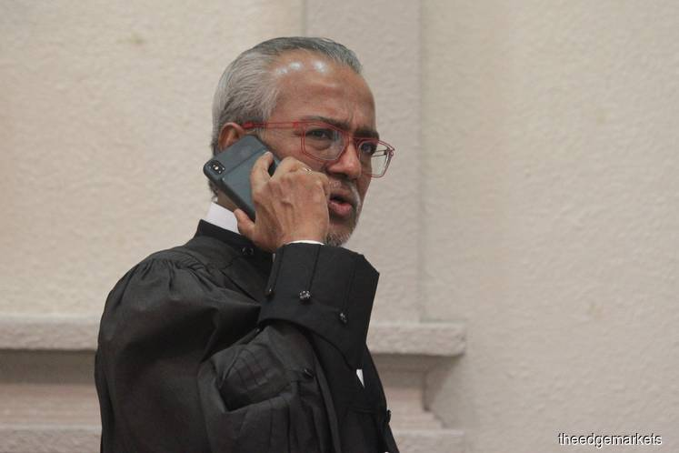 Shafee keeps mum over Najib's application against Kit Siang and journo
