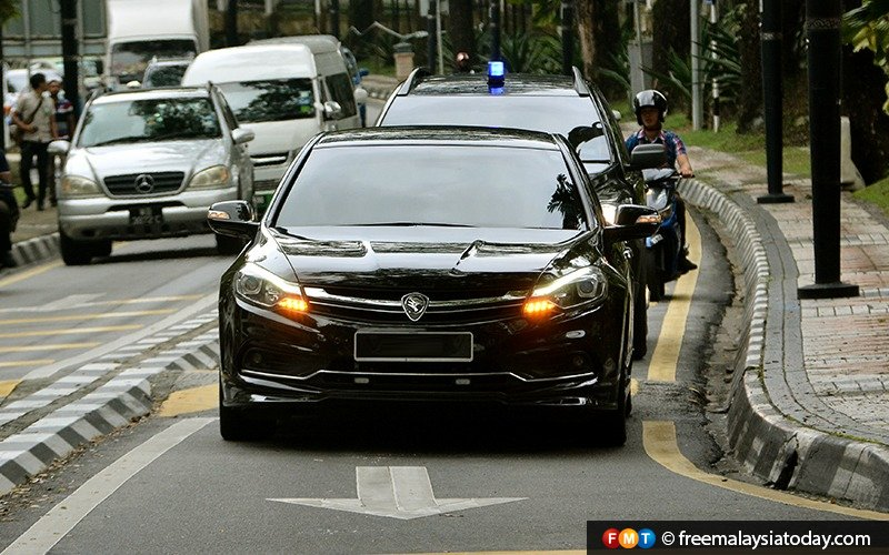 8 companies in the running to manage govt vehicle fleet