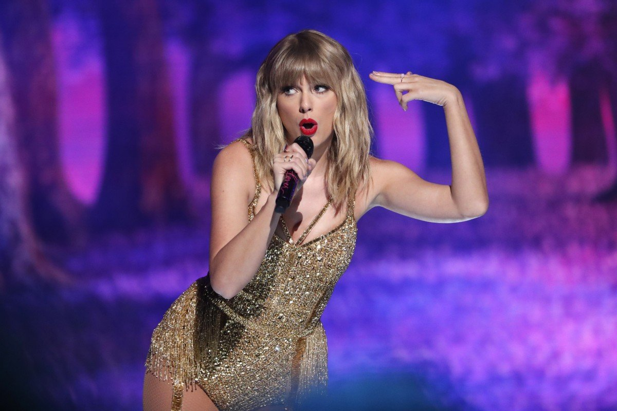 How Taylor Swift's Chinese fans are helping fight the coronavirus