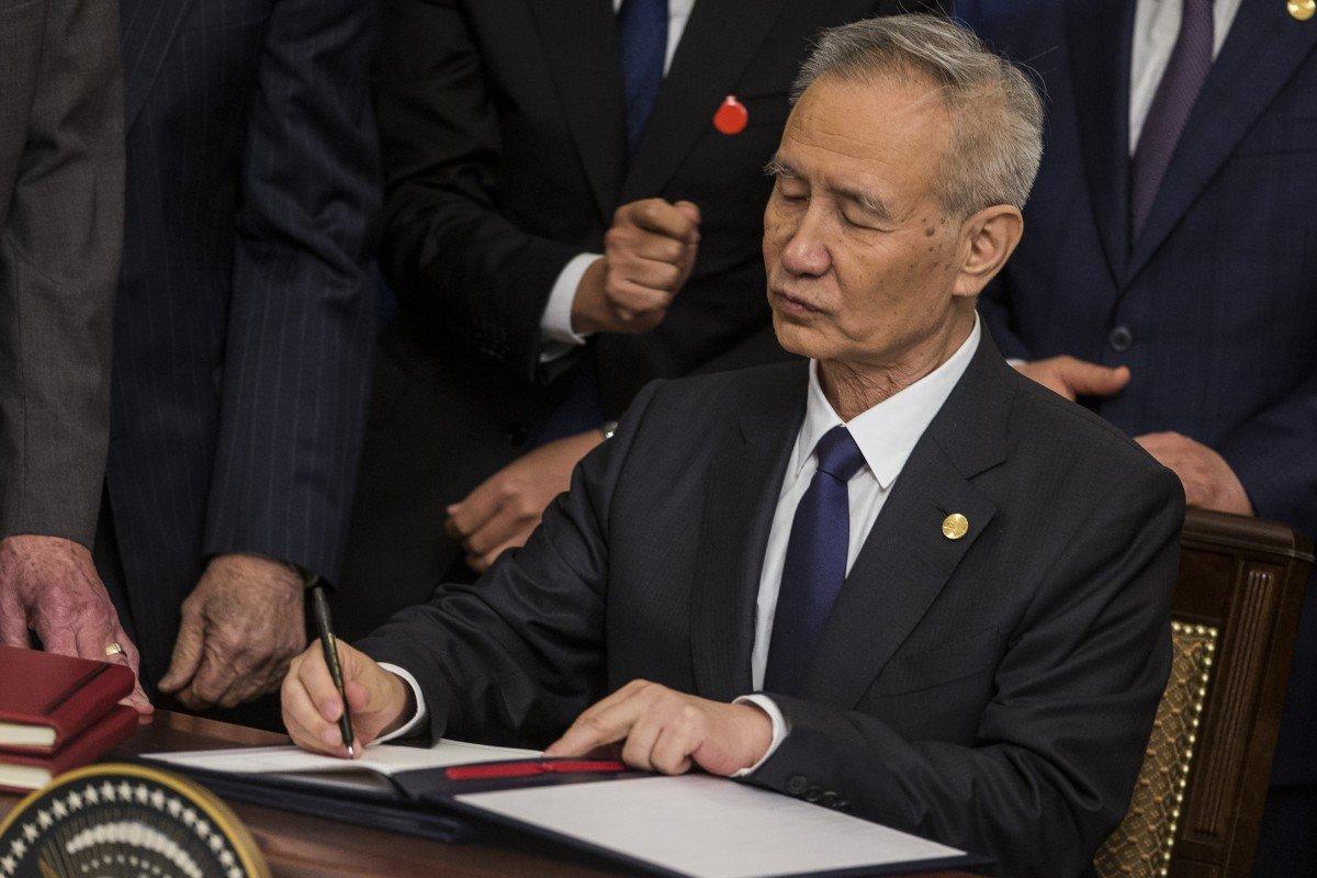 Coronavirus outbreak halts meeting of top China economists under Vice-Premier Liu He