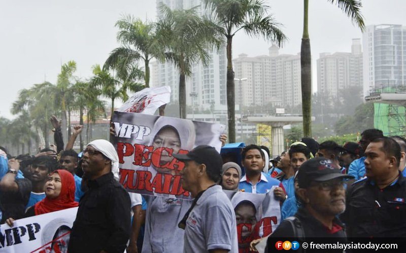 Ex-chiefs of PKR Youth back Anwar over Zuraida issue