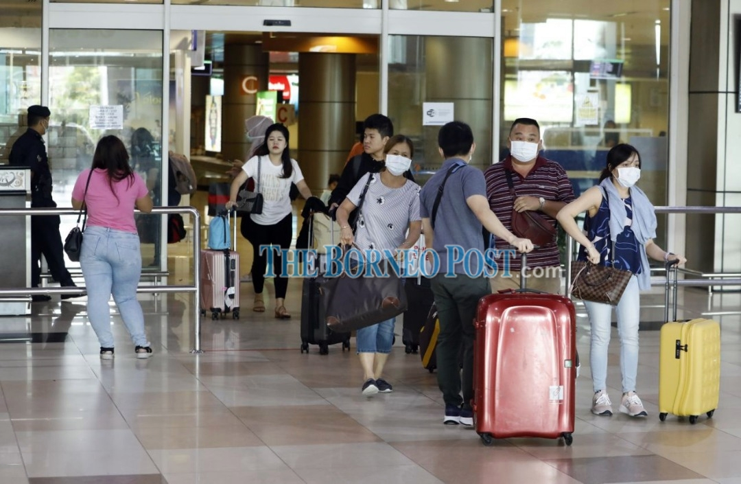 Singaporeans in state for short-term visits told to observe guidelines