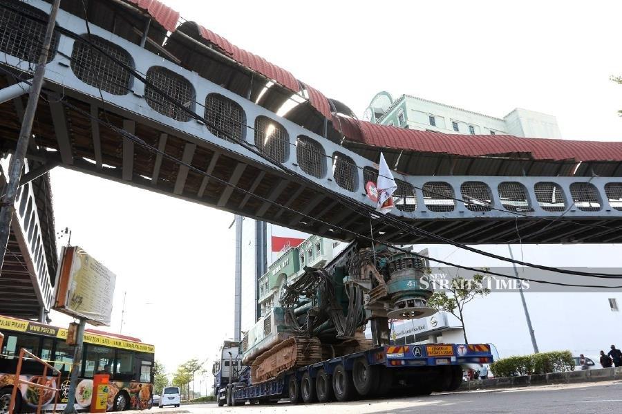Weld Quay pedestrian bridge crash: Trailer driver arrested