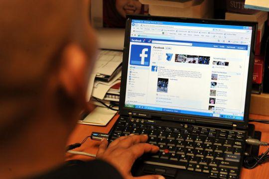 Malaysian journalist charged over 'fear-inducing' coronavirus social media posts