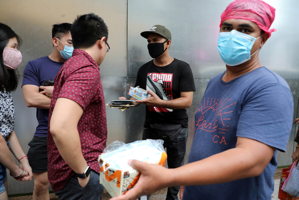 Nine premises fined for hiking face mask prices, says ministry