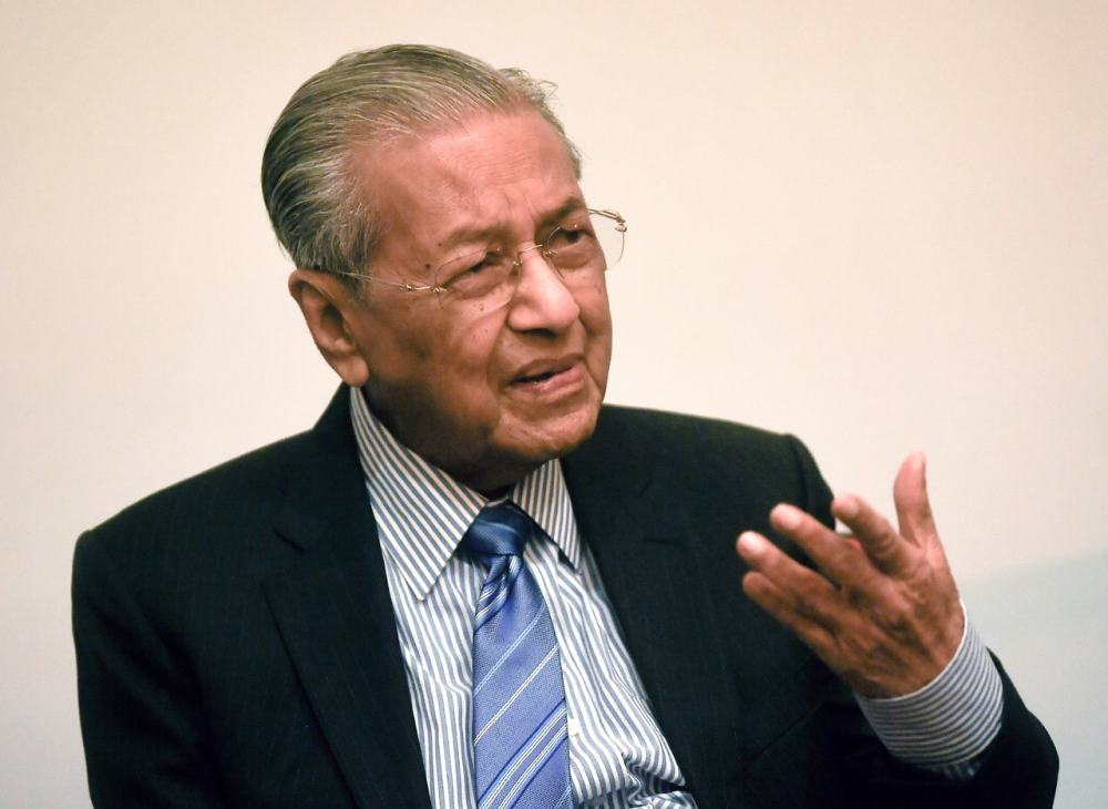 Dr Mahathir: Muhyiddin may call early elections so he won't have to contest against Muda and Pejuang