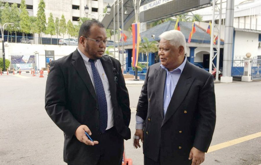 Tamrin questioned for 3 hours over article about TMJ