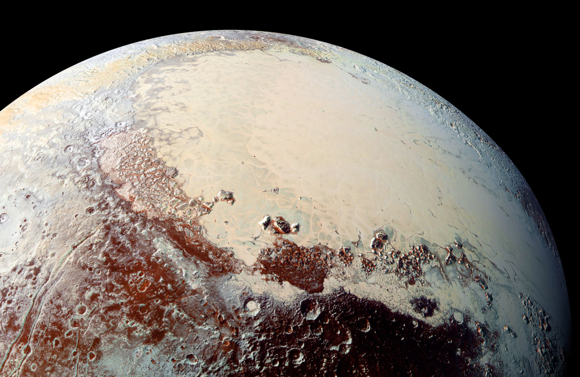 Pluto's Icy Heart Heart Beats Daily, Pumping Nitrogen Winds Around the Dwarf Planet