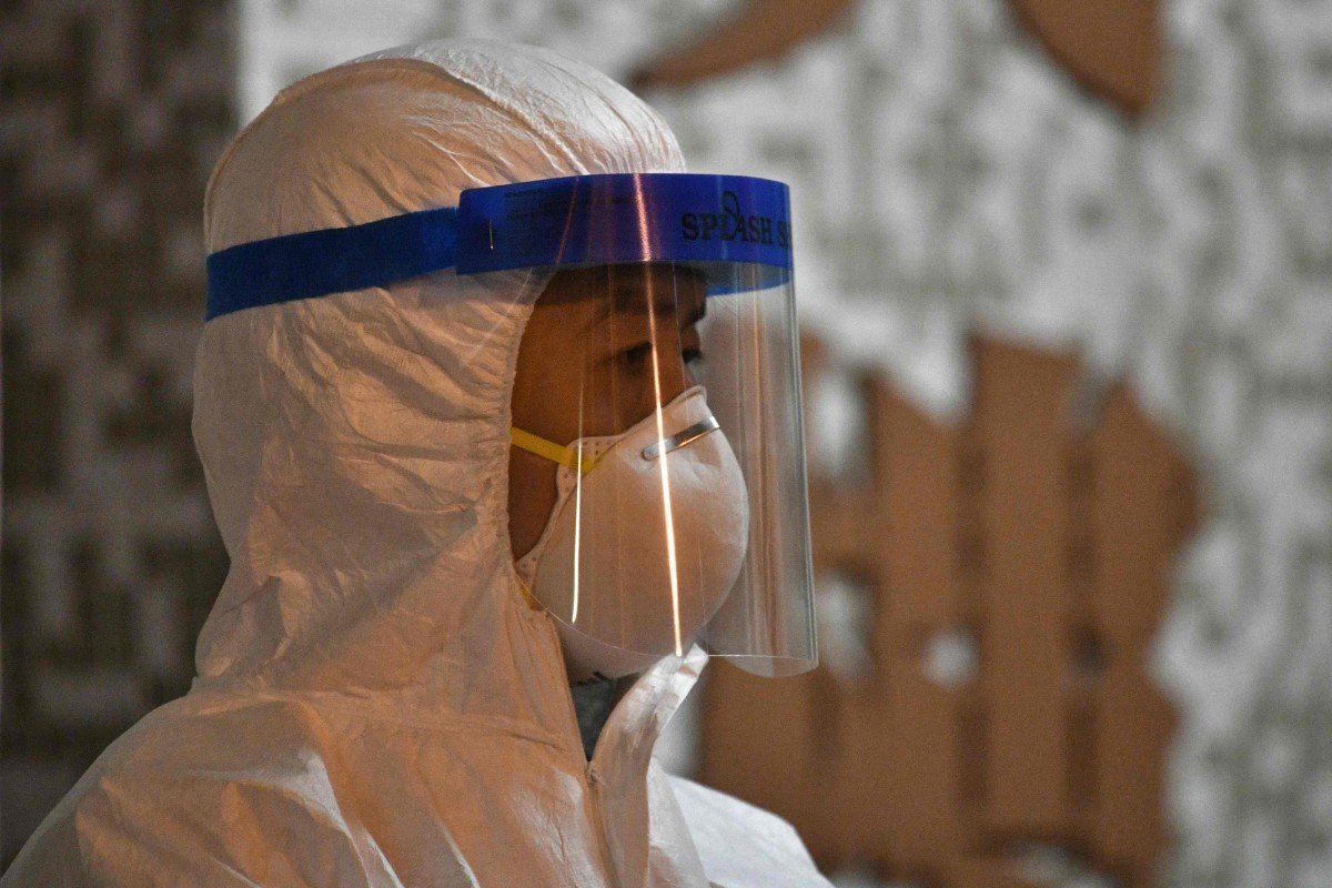 Coronavirus: Hubei province reports 2,097 new cases and 103 new deaths