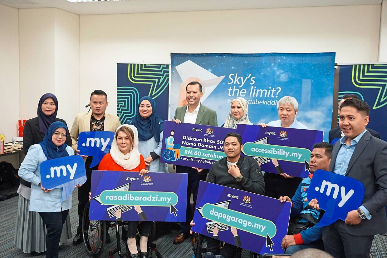Training in ICT to benefit disabled community