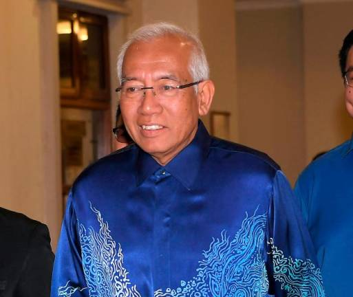 'Najib's instruction to issue acceptance letter to Jepak Holdings did not follow procedure'