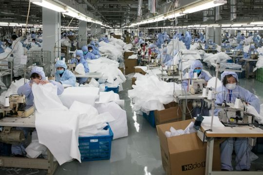 Coronavirus: Amid China mask shortage, diaper and phone makers step up to fill production void
