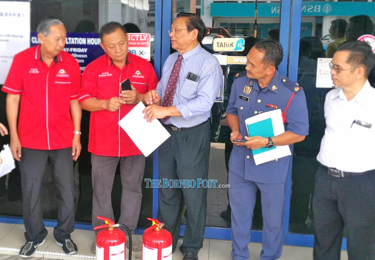 300 fire extinguishers from federal govt for northern S'wak