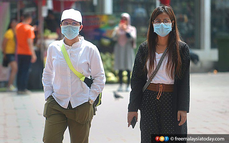 No need for panic buying, 400,000 more masks to hit market