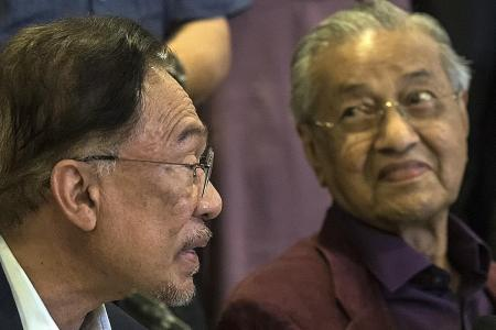 Mahathir meeting leaders of other parties about new coalition: Report