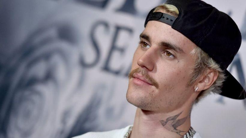 Justin Bieber beats Elvis Presley's US chart record