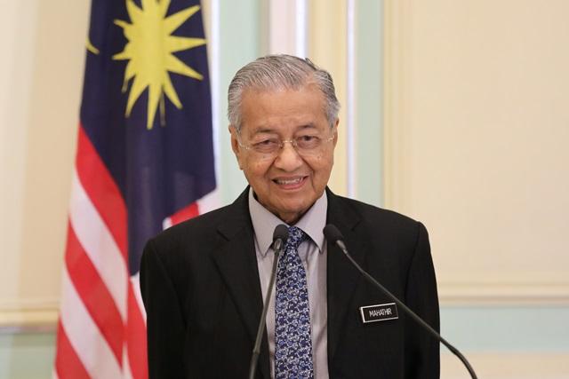 马来西亚首相马哈迪辞职