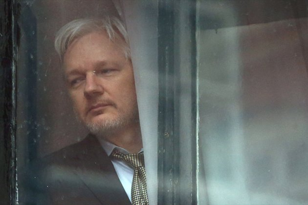 In extradition bid, US accuses Assange of endangering sources