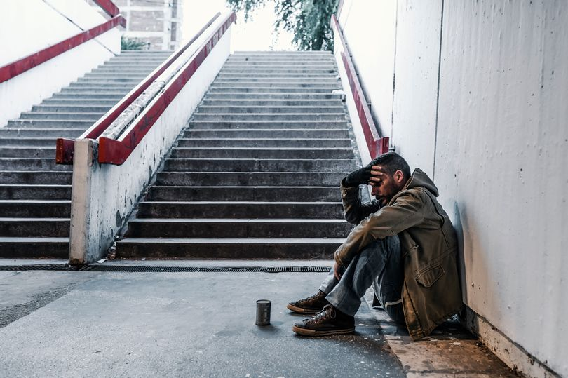 Teenage girls bring homeless man to tears with their incredible gesture