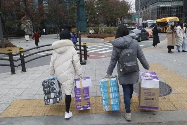 韩国600多名宗教团体成员被怀疑感染,竟拒接卫生官员电话(组图)