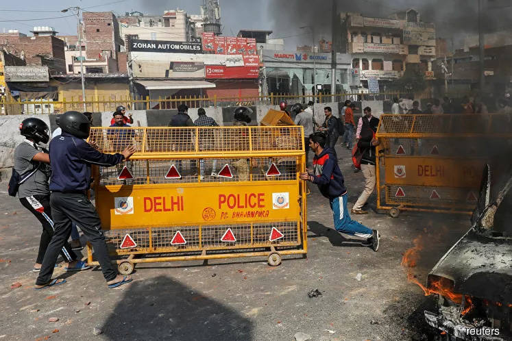 Toll rises to 19 from violence in Indian capital -hospital official