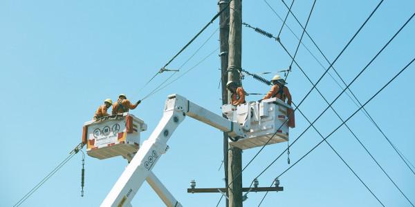 """悉尼本月大规模停电,数万户断电6天!四肢瘫痪居民控诉Ausgrid无作为:""""噩梦的一周""""(组图)"""