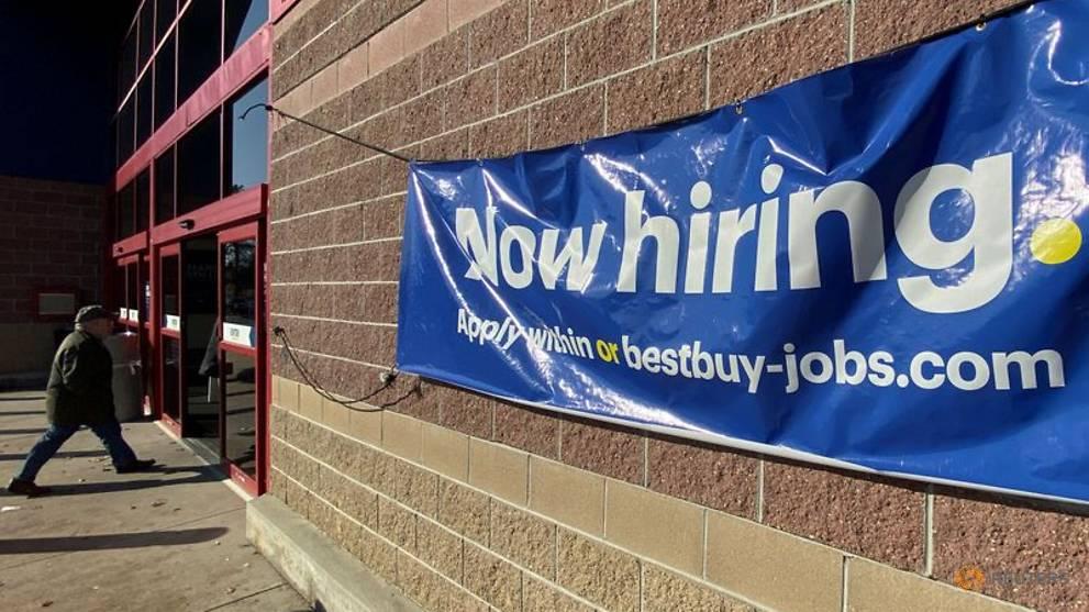 美国上个月新增超过27万份新工作 超出市场预期