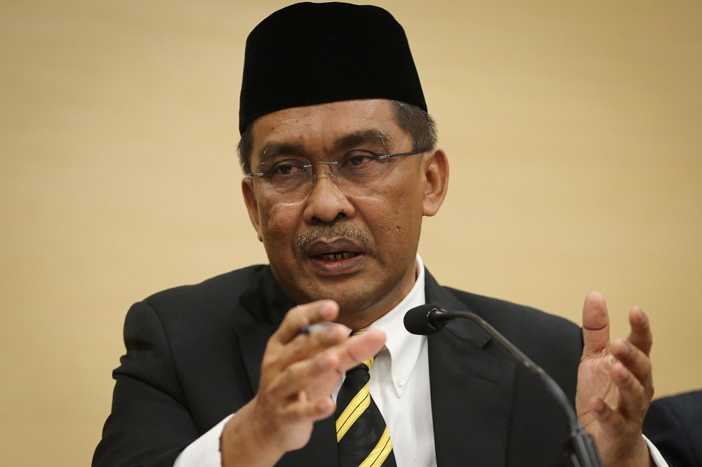 As Umno roars in assembly, PAS sec-gen tweets cryptic message about lost loves